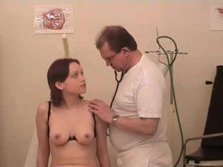 ב the גרמני gynecologist 1
