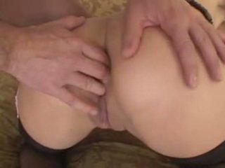 Bjonde kurvë gagged, ass-fucked, dhe cum-throated