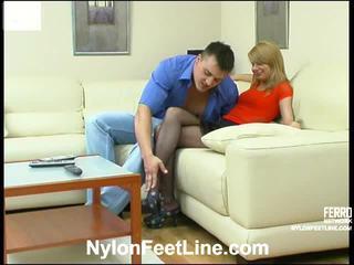 Alice y nicholas calcetas footsex acción