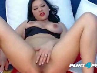 Natural Busty Babe Dps Herself and Sucks Her Nipples