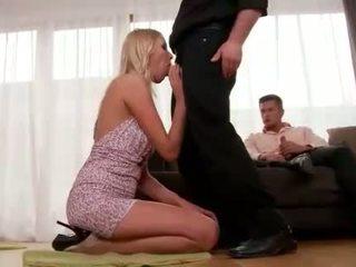 Teena lipoldino gets anala körd av two guys