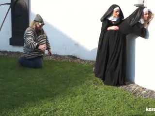 Catholic nuns 과 그만큼 괴물! 미친 괴물 과 vaginas!