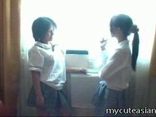 2 teenager 的lesbo 中國的 小雞 having 性別 周圍