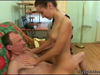 Stary nauczyciel gets kutas loving akcja