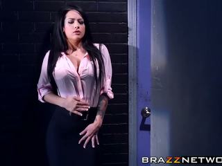 Charles dera has đến discpline của anh ấy sexy intern katrina