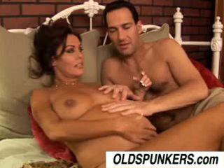 Бременни възрастни порно звезда nancy vee е а горещ майната