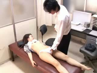 Pervers medic paralyses patients 1