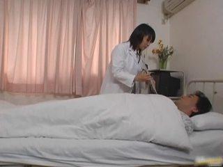 동양의 의사 환자 포르노 vid