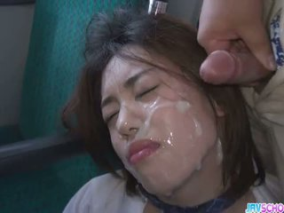 Nư sinh yuna satsuki á châu blowjob và công khai quái