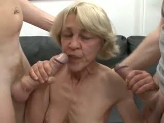 seins, ménage à trois, vieux + jeune