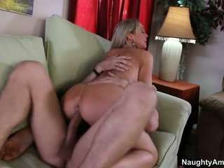 Bigtitted naapuri, abbey brooks