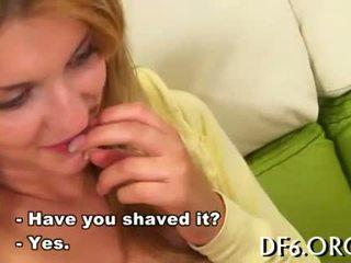 Mergaitė loses jos virginity