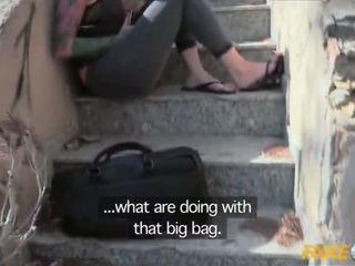 Fake שוטר נתפס עם a גדול דילדו ו - מזוין על ידי a copper