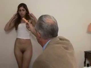 Avô fucks jovem grávida gaja