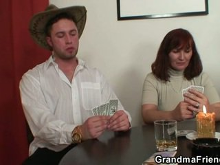 Dezbraca poker leads pentru greu in trei