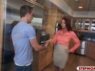 Teen Gf Caught Her Bf Fucking Her Stepmom In The Kitchen