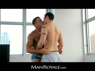 Manroyale guy massages a bodybuilder's jago