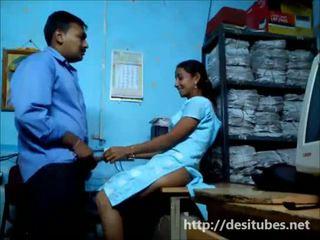 Desi Secretary fucked secretly