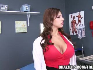 Brazzers - lylith lavey - does acest uite real?