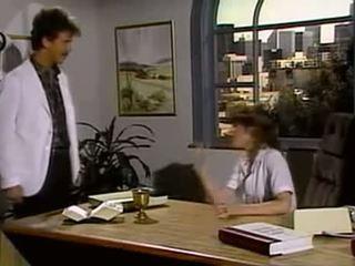 A קטן קצת של דבש 1987