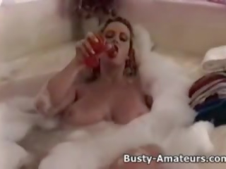 samozadovoljevanje, busty amateurs channel