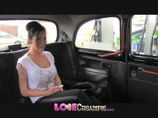 Mīlestība creampie angļi palaistuve gives fake taxi driver dziļi minēts pirms anāls