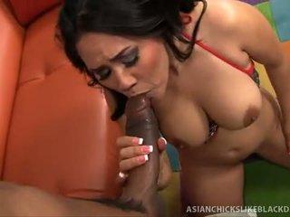 Jessica bangkok sucks e fucks