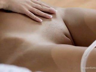 klitoris, aistillinen, ajeltu