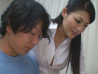 Laki-laki gets lebih dari membantu untuk dia studies dari seksi guru babe