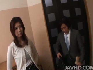 Japonesa anal e ejaculação interna