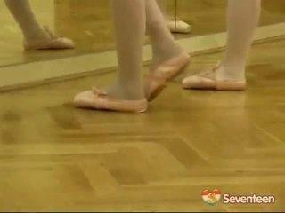 Νομικός ηλικία teenagerage ballet κορίτσια