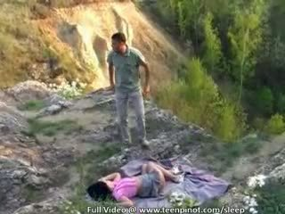 Tahapaknà rumaja fucked in sleep
