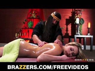 Mia malkova massaged und gefickt