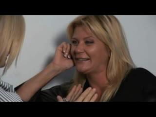 Nina, ginger & melissa - panas milfs dalam lesbian encounters
