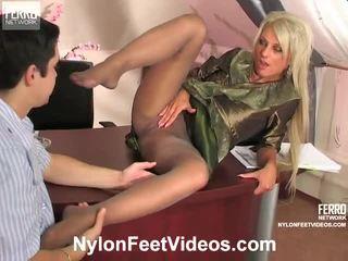 Cornelia и adam mindblowing чорапогащник нозе действие