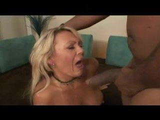 Blonde Harlot Chennin Blanc Pounds Cunt On Dong As One More Copulates Throat