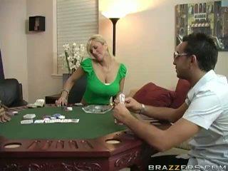 Shyla stylez رطب كس مارس الجنس شاق في لعبة البوكر جدول فيديو