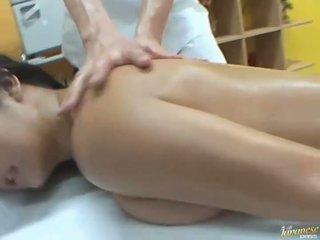 Naoljene azijke satomi suzuki likes skupina javno seks