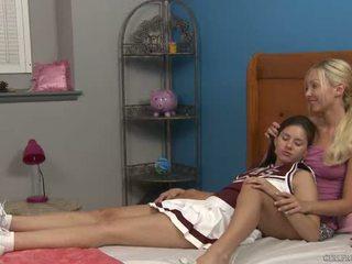 Shyla jennings ja aaliyah rakkaus at cheer camp