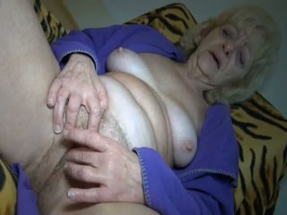 Jillingoff és tea: ingyenes érett porn videó 57