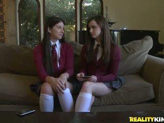 gerçek kız öğrenciler sen, ideal okul forması kontrol, izlemek çıplak schoolgirls