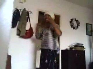 03-cfnm bumaltak may aprikano house cleaner