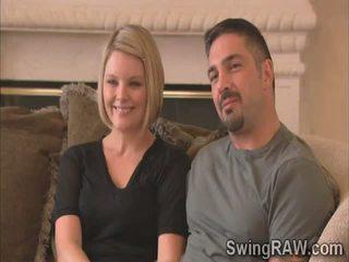 Blondie ir vyras pasakyti jų patirtis kaip swingers į realybė šou