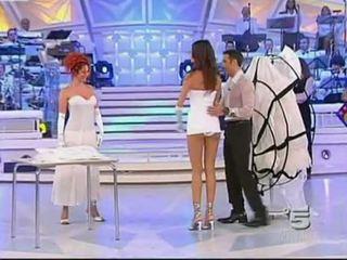 Alessia fabiani حار سكرتيرات في حي تلفزيون - أبيض pan