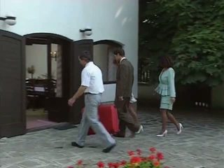 Gator 193: Free Vintage & Italian Porn Video ad