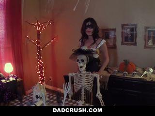 DadCrush - Hot Teen Seduces And Fucks Step-DAD