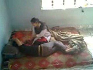 Bangladeshi רפואי סטודנט עם bf ב mess (leaked)