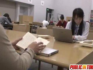 Sexy japonesa estudante fodido em o sala de aula