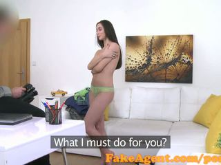 FakeAgent Hot amateur wants to be a model