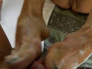 Kelly madison strokes impure cleft a jerks na a tuk knob